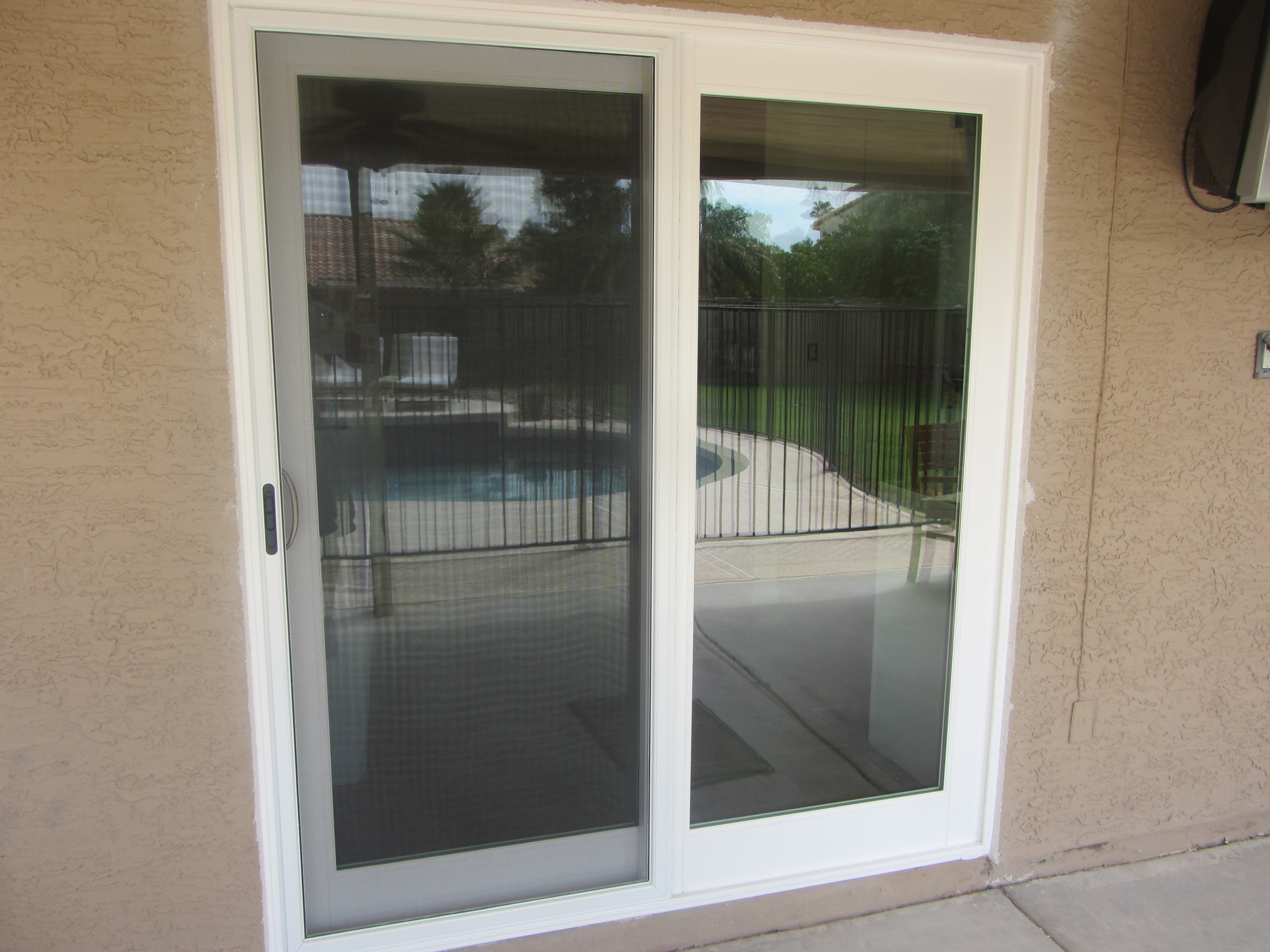 White French Rail Door with Sliding Screen