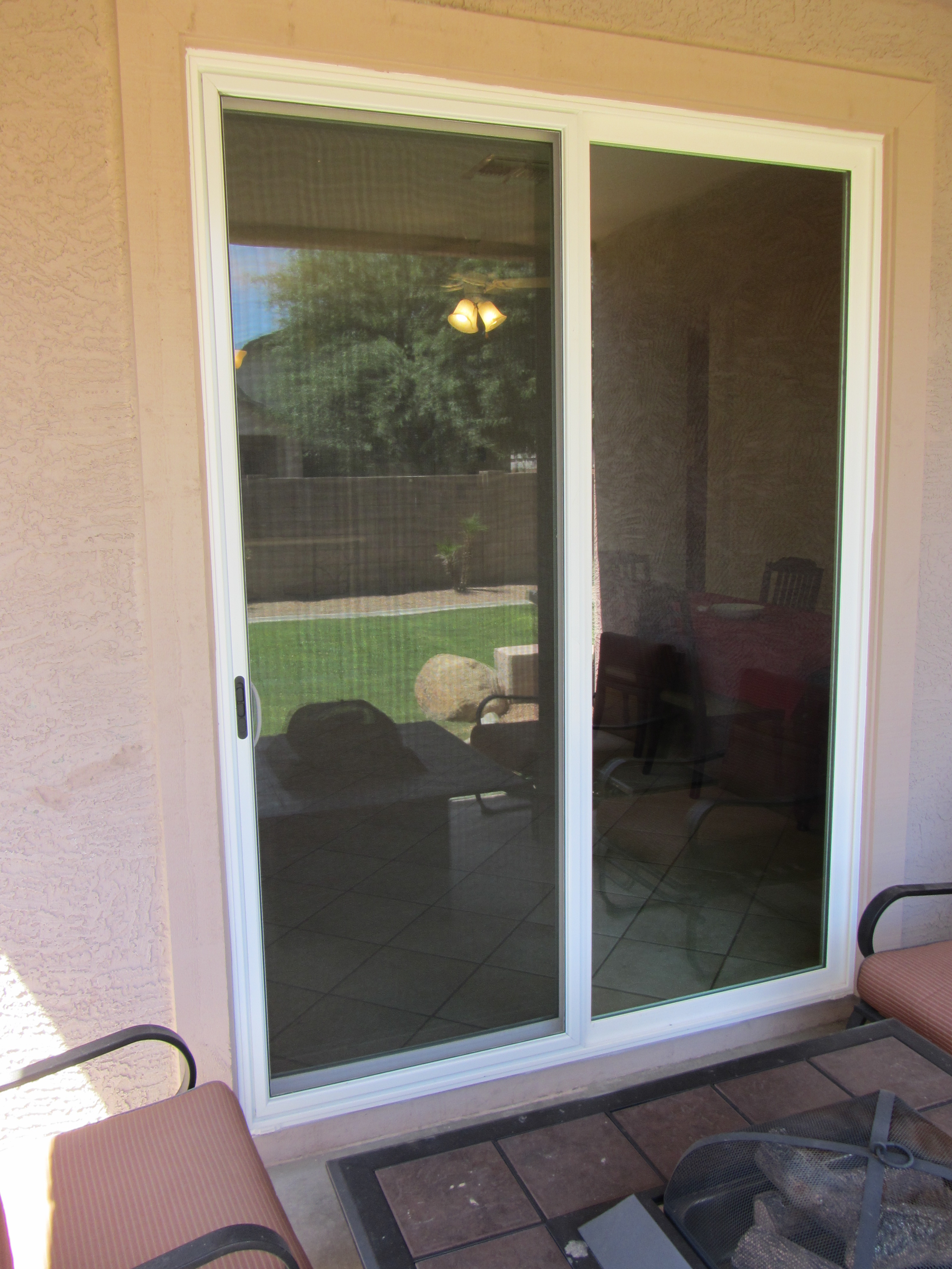 New Replacement White Patio Door By Simonton Include Glass Breakage Warranty