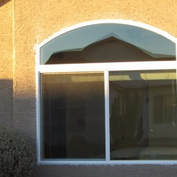 Simonton White Vinyl Window